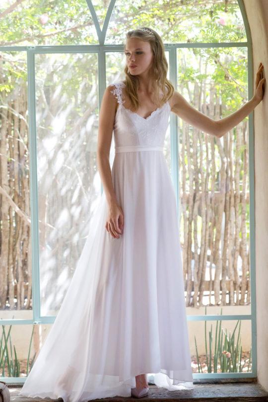 שמלת ספגטי לבנה