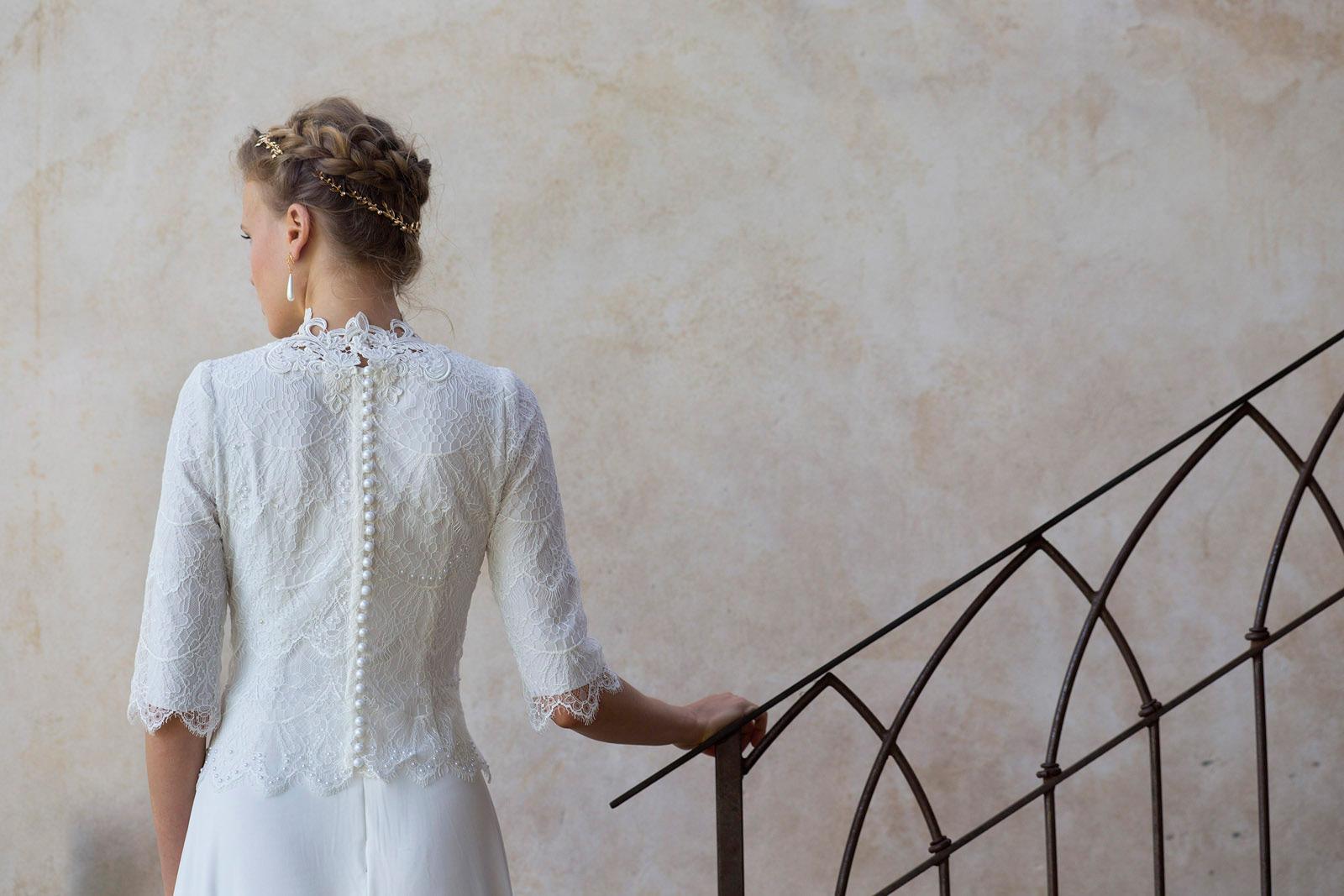 שמלת כלה תחרה עדינה עם שרוול