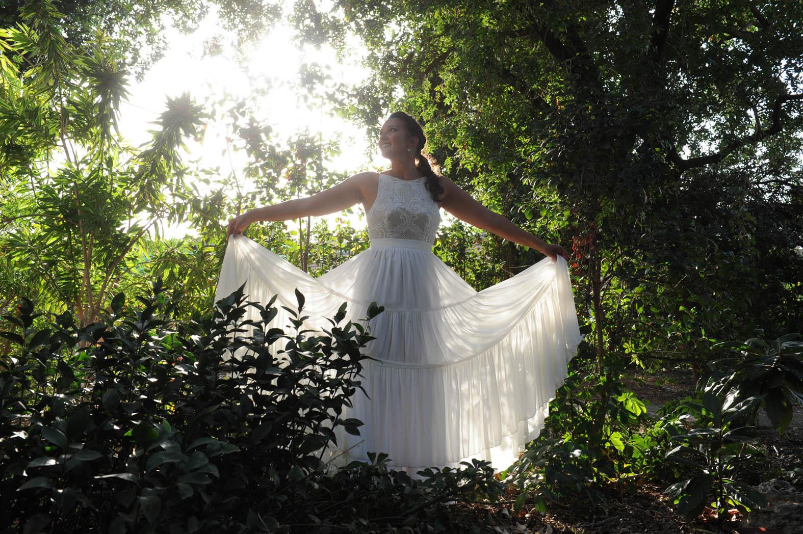 שמלת כלה עם חצאית קומות